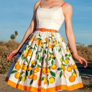 Pinup Couture  Jenny Oranges Border Dress Like New
